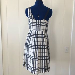 Anthropologie Dresses - Navy and White silk dress with one shoulder strap